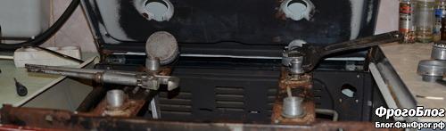 Газовая плита Брест 1457-01 с поднятой верхней крышкой