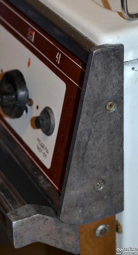 Боковая заглушка газовой плиты Брест 1457-01